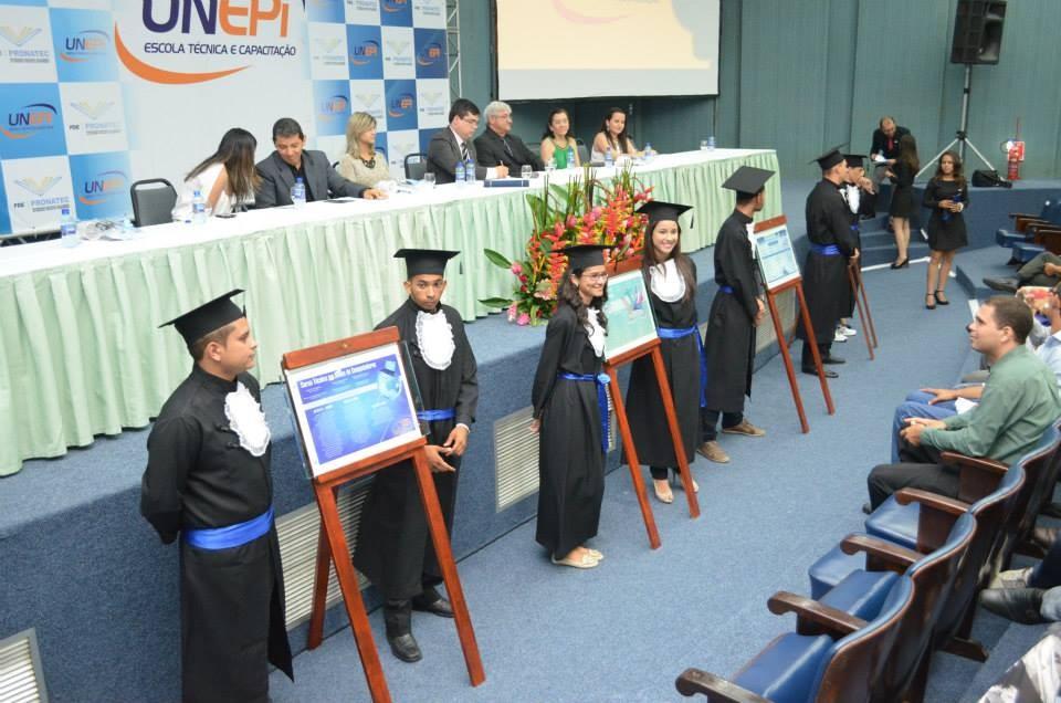 Solenidade de Formação Profissional e 2ª Certificação Intermediária - Foto 23
